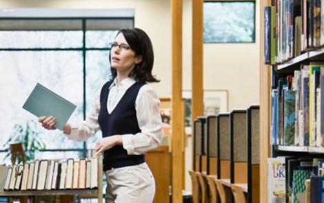 Bibliotecas: la profesión infravalorada por las instituciones