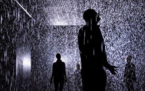 Rain Room, o cómo disfrutar de un día de lluvia sin mojarte