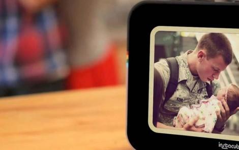 Instacube, un marco digital en tiempo real para las fotografías de Instagram y Facebook