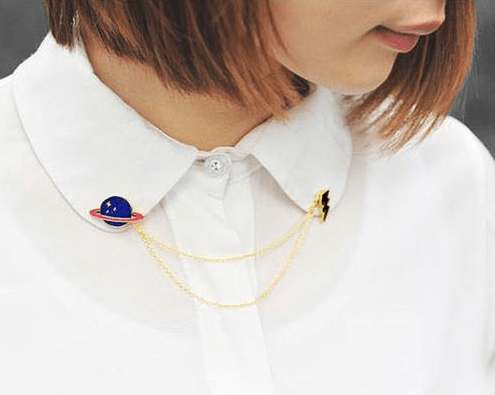 Broche Pin Planeta azul para camisa