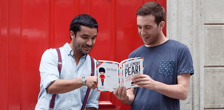 Entrevista a Daniel Vivas y Nicholas Isard de Superbritánico, diseño y humor entorno a la lengua inglesa