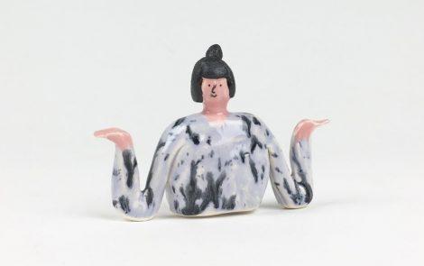 Amy Victoria Marsh, divertida cerámica ilustrada procedente de Manchester